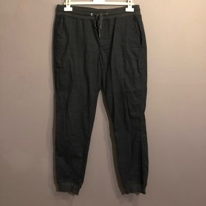 Men's GAP plaid jogger pants
